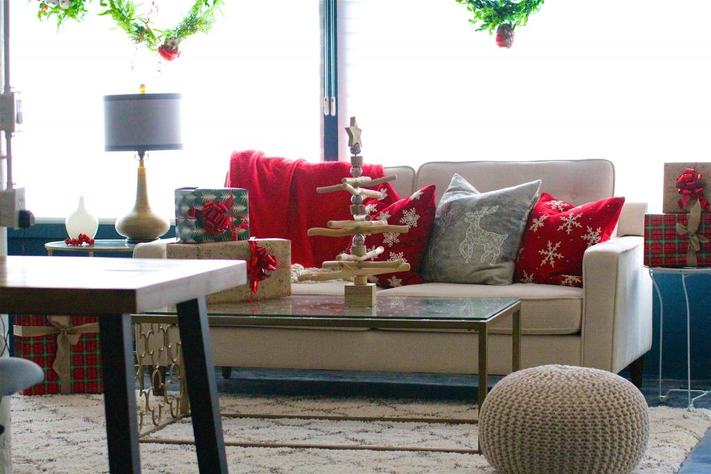 Accessorizing for Holidays - Sea Interior Design